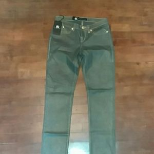 Womans skinny jeans size 6m